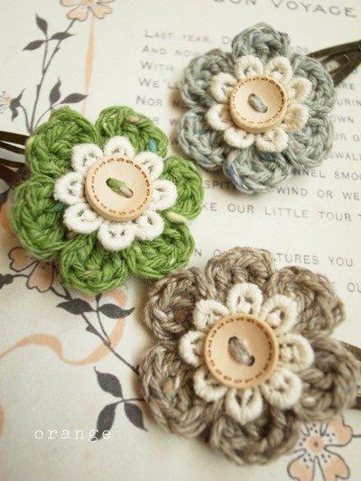 çiçek motifleri düğmeli
