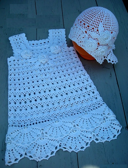 beyaz çocuk elbisesi