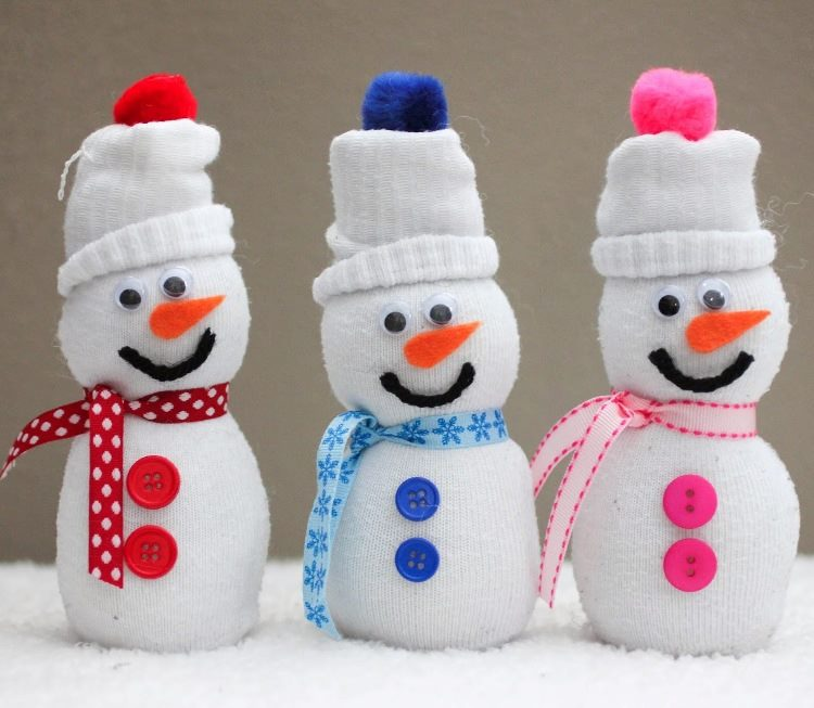 Снеговик из носок своими руками мастер класс