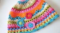 Rengarenk Örgü Çocuk Şapkaları