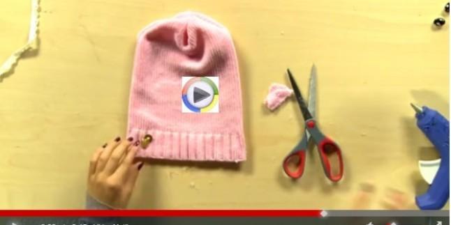 Eski Yün Kazağınızdan Şık Bir Şapka Yapabilirsiniz..