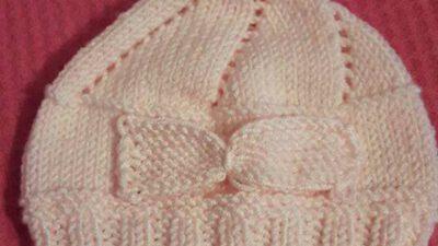 Fiyonk Ve Ponpon Süslemeli Ajurlu Çocuk Şapkası Yapımı.  2 yaş.