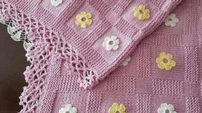 2 Şiş İle  Büyük Kesme Şeker Örneğinde Çiçek Süslemeli  Çocuk Battaniye Yapımı.