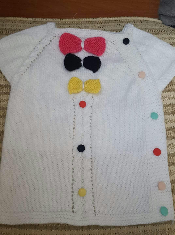 Yakadan Başlama Tek Parça Olarak Örülen Kurdele Süslemeli Yan Ajurlu Bebek Yeleği Yapımı. 1 yaş 54