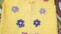 Haraşo Olarak Örülen Renkli Çiçek Süslemeli Kolay Çocuk Yeleği Yapımı. 1 .2 yaş
