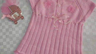 Yakadan Başlama Ajurlu Tek Parça Olarak Örülen Çiçek Ve Dantel Süslemeli Çocuk Elbisesi Yapımı. 1 .2 yaş