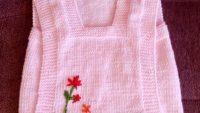 Tek Parça Olarak Örülen Dikişsiz Çiçek Süslemeli Çocuk Süveteri Tarifi. 2 Yaş