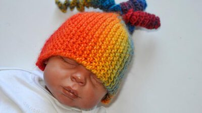 Gök Kuşağı Bebek Şapkası Örneği