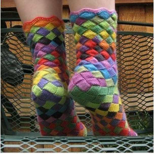 Güzel Gökkuşağı Patch Örme Çorap