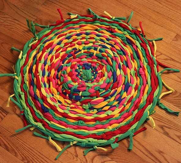 hulahop rengarenk halı