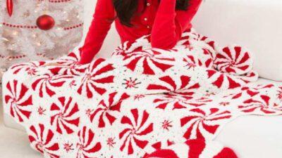 Motiflerle Harika Bir Battaniye ve Yastık