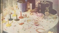 Sevimli Motifli Masa Örtüsü ve Renkli Kilim