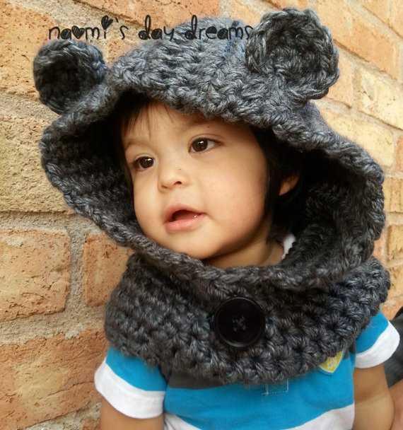 tığ işi kulaklı şapka modeli